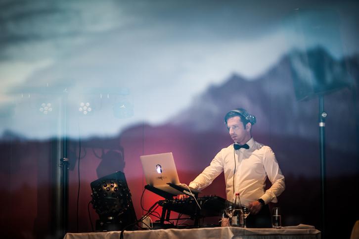 DJ für Hochzeiten und Events Musik