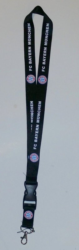 FC Bayern München FCB Bayer Schlüsselanhänger Schlüsselband Schlüsselanhänger Schlüsselband Logo Keychain Personalausweis Fand Logo Schlüssel Band Anhänger Keychain Personalausweis Schwarz  Kleidung & Accessoires