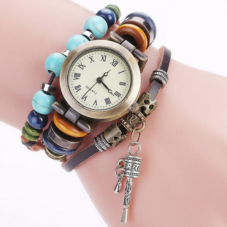 Frauen Damen Uhr Analog Quarzwerk mit handgefertigt geflochten Leder Armband Geschenk Kleidung & Accessoires