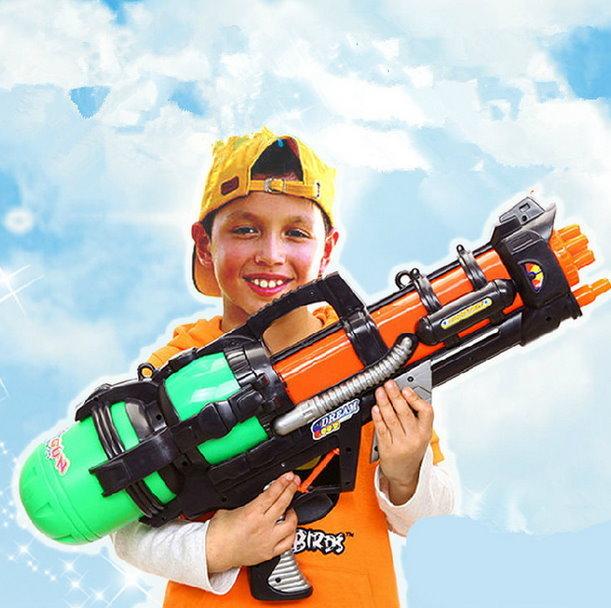 Grosse Wasserpistole 60cm 1.2L Tank Wassergewehr Spritzpistole Pumpgun Blaster Soaker NEU Spielzeug Wasser Sommer Sport & Outdoor 3