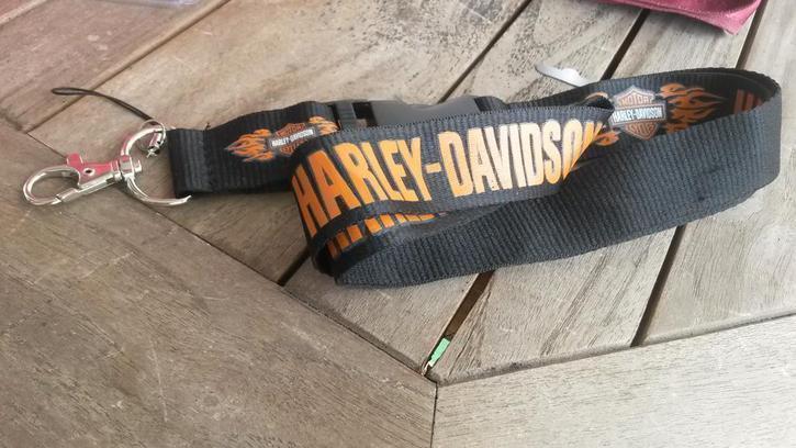 Harley-Davidson Harley Davidson Harley Schlüssel Anhänger Band Schlüsselband Schwarz mit Flammen Kleidung & Accessoires 3