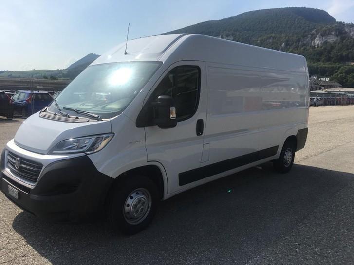 Lieferwagen und Transporter mieten Fahrzeuge 3