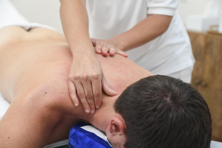 Massage Sonstige