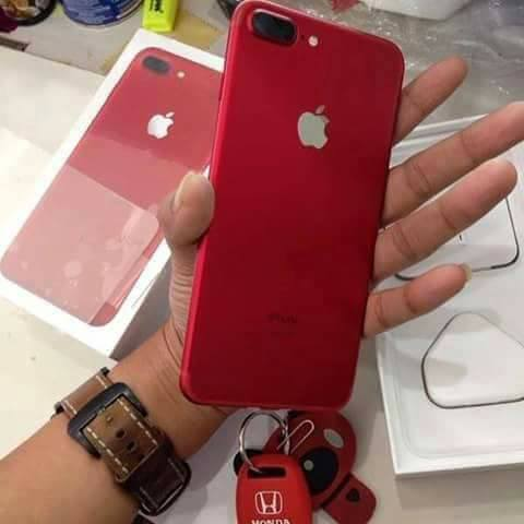 New iphone 7plus  Whatsapp : +2349033180786 Telefon & Navigation
