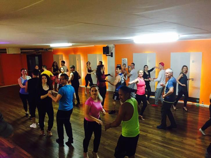 Salsa-Tanzschule in Zürich von Salsa People Sonstige 2