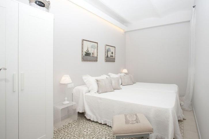 Schöne Wohnung - voll möbliert Immobilien 2