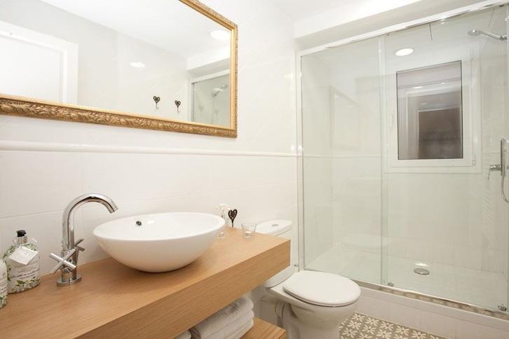 Schöne Wohnung - voll möbliert Immobilien 4