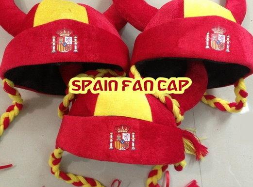 Spanien Espania Fan Kappe Mütze Hut Wikinger Helm Zöpfen Fussball WM EM Fanshop