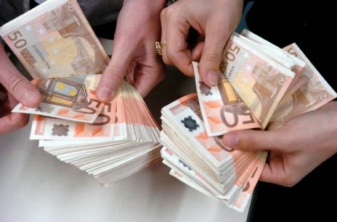 Wollen Sie ein zuverlässiges Darlehen ?? Antiquitaeten