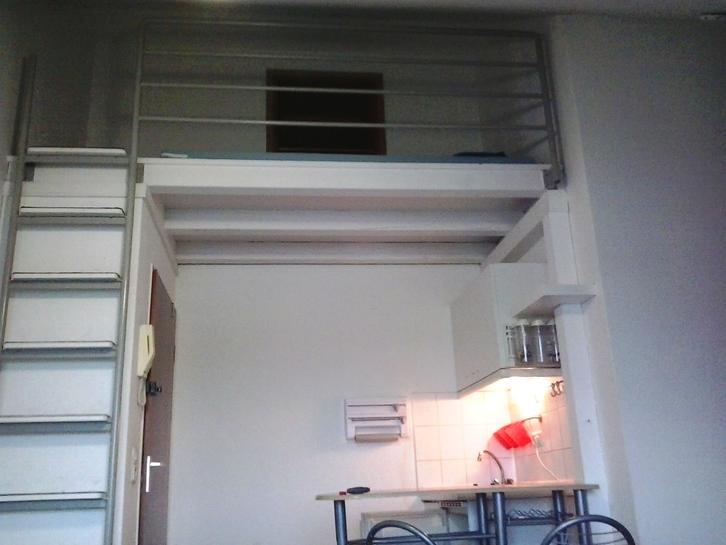 bachelor studio 30419 hannover long let lease rubrik. Black Bedroom Furniture Sets. Home Design Ideas