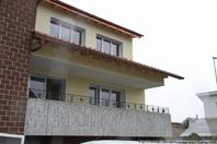 renovierte 3.5 Zi. Wohnung mit grossem gedeckten Balkon 8854 Galgenen Kanton:sz