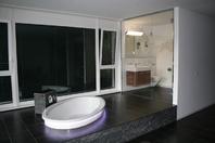 200 m 2 Loft Wohnung mit grosse Badewanne 8610 Uster Kanton:zh