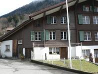Hausteil mit 4 Zimmern  3814 Gsteigwiler  Kanton:be