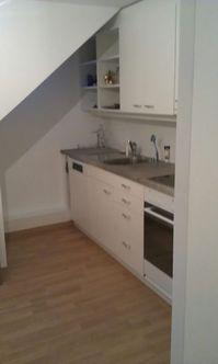 Nachmieter ab 1.4 gesucht: renovierte 2.5 Zimmer Dachwohnung  3014 Bern Kanton:be