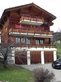Neuwertige 4 1/2 Zimmerwohnung in sonniger Lage 3934 Zeneggen Kanton:vs