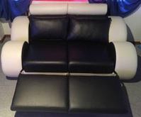 Sehr schöne elegante hochwertige neue Leder Sofa's