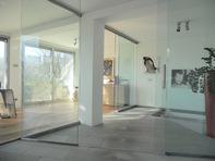 Prestigio..Villa, Ampi Spazi, Giardino, Dépendance,Piscina