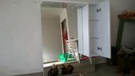 specchio con mobile da bagno
