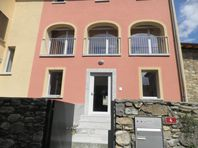 7 rooms single family house renovated in Collina D'Oro