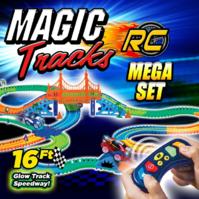 Magic Tracks RC Race Set Mega Ferngesteuertes Spielzeug Glow Auto leuchtet im Dunkeln biegbare Rennstrecke Spielzeug