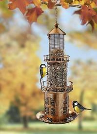 Vogelfutterstation in Leuchtturmstil für Garten